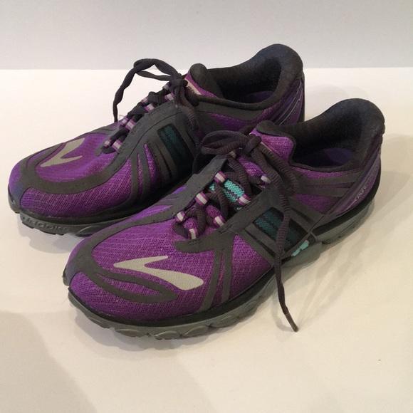 eda63c04543 Brooks Shoes - Brooks